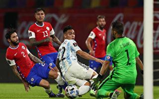 组图:世界杯预赛 阿根廷主场1:1战平智利