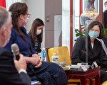 【疫情6.6】蔡英文接见美议员 感谢相赠疫苗