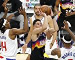NBA布克40分大三元 太陽西區冠軍賽首勝