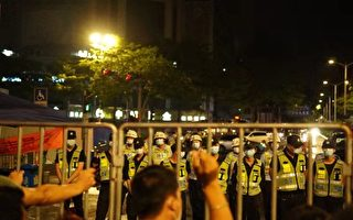 【一线采访】佛山上千市民抗议 要求解封