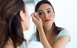 研究:防水睫毛膏等化妆品或含致癌化学物
