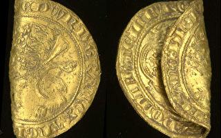 英國出土兩枚14世紀稀有金幣 純度達96%