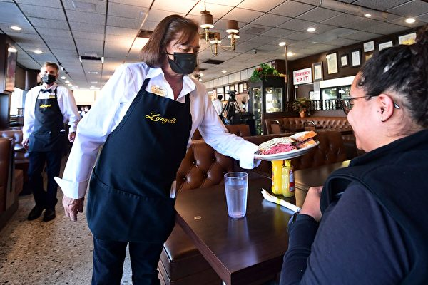Delta变种病毒蔓延 湾区官员吁室内戴口罩