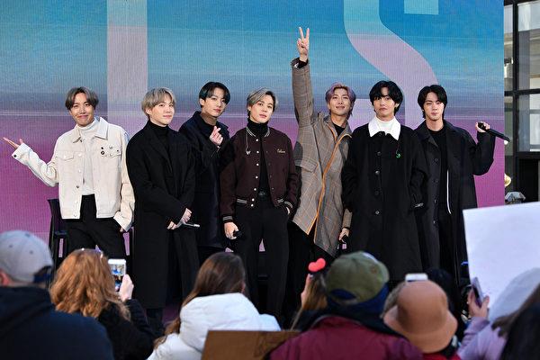BTS《Butter》重回Hot 100榜冠军 告示牌首例