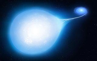 超新星爆发前罕见景象:恒星被拉成泪滴状