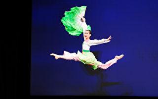 组图一:第九届中国古典舞初赛青年女子组风采