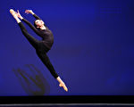 组图三:第九届中国古典舞初赛青年女子组风采