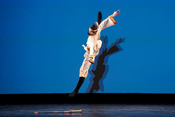 组图二:中国古典舞大赛少年组金奖得主风采