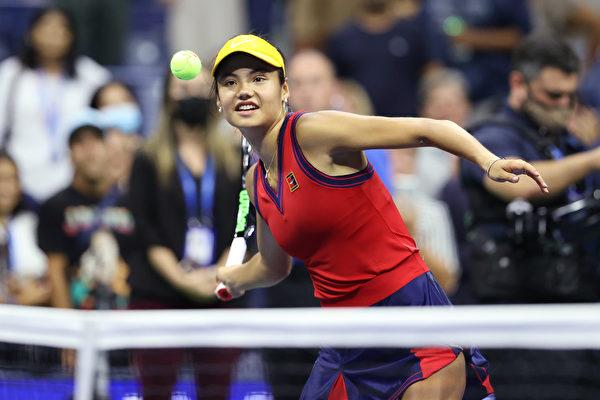 组图:英国女将拉杜卡努晋级美网决赛