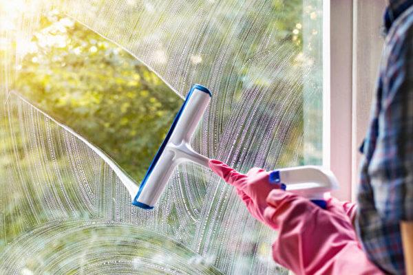 清洁窗户六个步骤 玻璃明净无痕