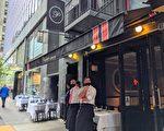 2男子曼哈頓高檔中餐廳戶外用餐被搶 1人中槍