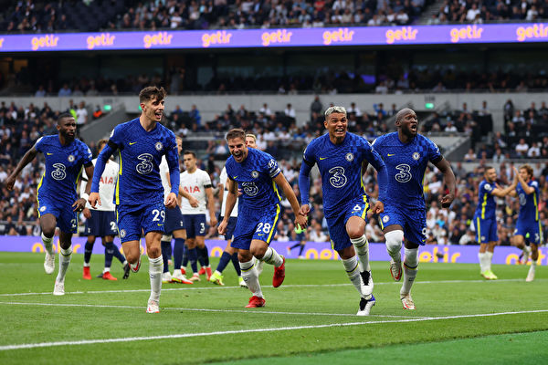 利物浦、切尔西和曼联共同领跑英超积分榜