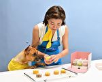 米可白慶中秋製寵物月餅 愛犬聞香飛撲