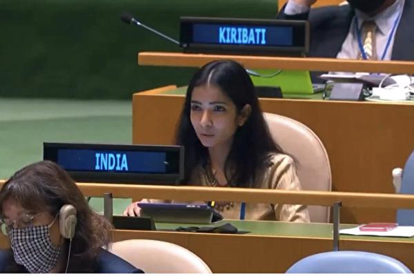 联大会上回呛巴国总理 印度年轻女外交官爆红