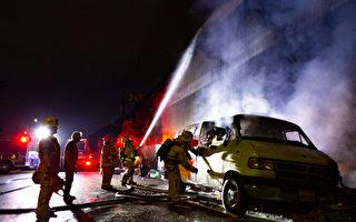 数百未打疫苗的洛城消防员拟继续上班