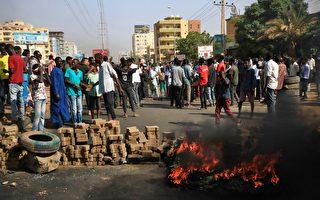组图:苏丹军事政变 国际施压 总理获释