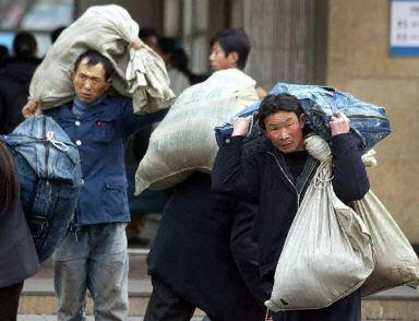 農民工就業難消費下滑 中共「雙循環」陷窘境