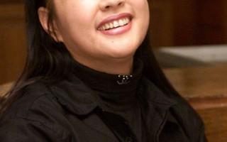 鄭明明透露:劉曉慶為某整容醫院代言 收入不菲