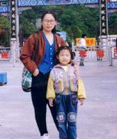 14歲女孩失雙親 重壓之下不敢說想媽媽