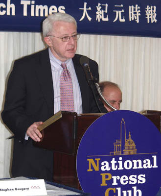 哈得逊学院(Hudson Institute)国际宗教自由研究主任麦克·豪尔维兹(Michael Horowitz)。大纪元摄影记者丽莎。