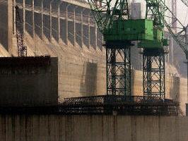 溫家寶整頓電力  國電高層公開回擊
