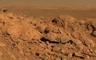 科学家发现火星隐藏至少3个地下湖泊