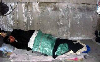 露宿北京街头的访民不断被冻死