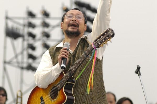 陳明章以台灣歌謠組曲唱出美麗的台灣心聲。(大紀元)