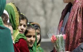 組圖:美國第一夫人勞拉首訪阿富汗