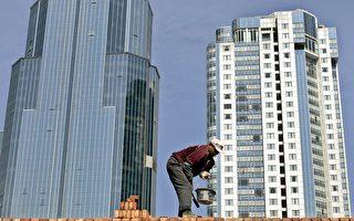 大陸房地產泡沫問題一直受到高度關注,業界指中國老百姓的財富正面臨風險。(AFP)