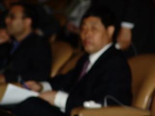 会议期间口出脏话的人民日报代表(大纪元)