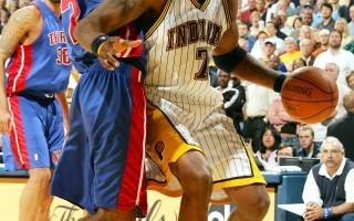 NBA火箭新赛季首战国王
