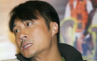 吳鎮宇護妻心切 在新加坡對影迷爆粗口被投訴