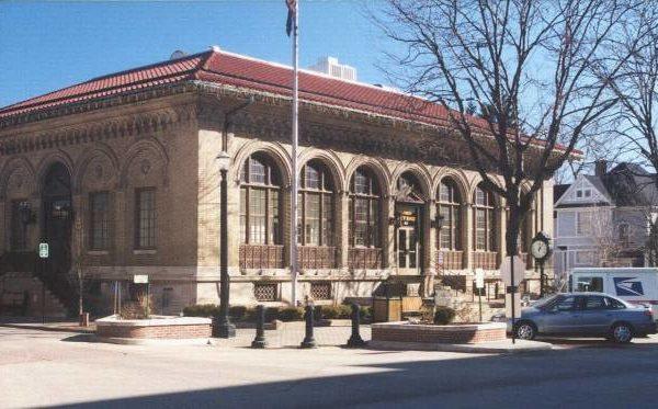 印第安纳州Laporte市市政厅, 简直就是中国陕北一窑洞!