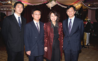漢聲貸款東主伉儷助30耆老觀新年晚會