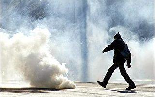 白俄羅斯警察鎮壓明斯克和平示威者
