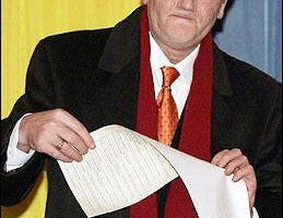 乌克兰大选尤申科失利 欧美赞选举公正