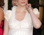 葛妮丝派洛(Gwyneth Paltrow )1月16日大腹便便出席第63届金球奖颁奖典礼/Getty Images