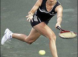 家庭生活女網賽:史妮德淘汰艾寧  挺進決賽