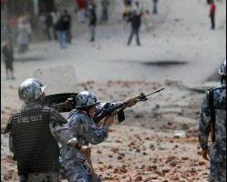 尼泊爾當局延長宵禁期限但民眾抗議不止