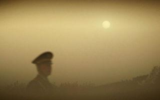 北京发布沙尘蓝色预警AQI爆表 南韩也受害