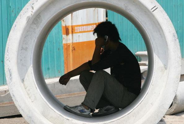 為,中共「內循環」就是死路一條,最終導致飢荒,導致經濟迅速蕭條。(Guang Niu/Getty Images)