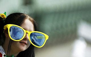 黃色或琥珀色太陽眼鏡護眼最佳