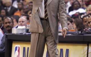 NBA 總教練喬丹正式與奇才續約三年