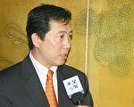 楊子葆代表接受采訪(大紀元記者王弘攝)