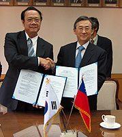 陳永綽見證台灣清大和韓國首爾大學合作