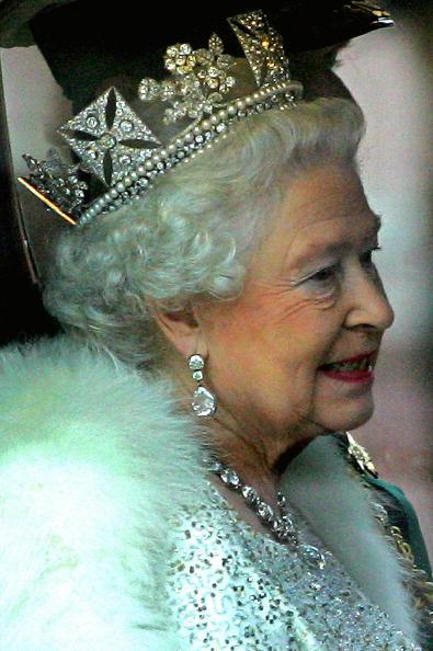 研究:英国女王英文不再如以往优雅