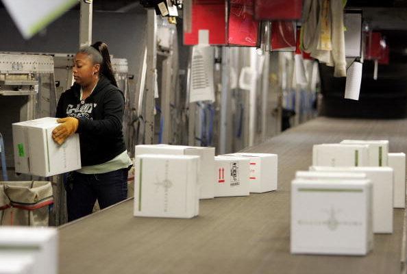 美国经济好不好?看看UPS和FedEx就知道