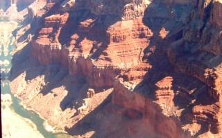 美大峡谷玻璃走廊3月开放 凌空赏美景