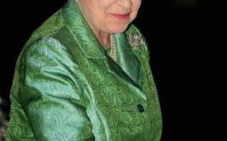 组图:英国女王为巴比肯中心庆生